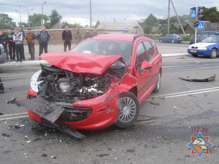 В Воложине столкнулся МАЗ и два легковых автомобиля