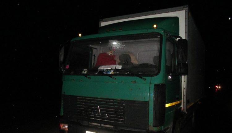 В Воложинском районе МАЗ насмерть сбил пешехода
