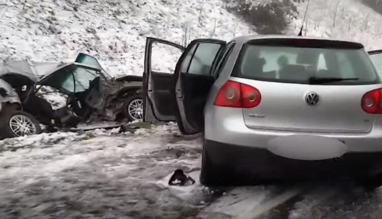 Лобовое ДТП под Воложином: два человека погибли, два в больнице